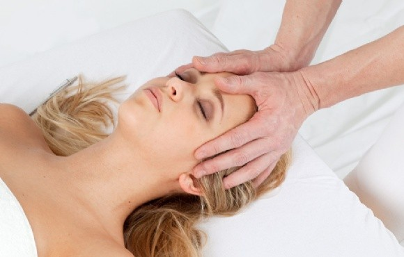 Craniosakrale Faszien Entspannung - Cranio Sakrale Osteopathie ...